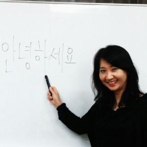 韓国語講師 李芝姫先生